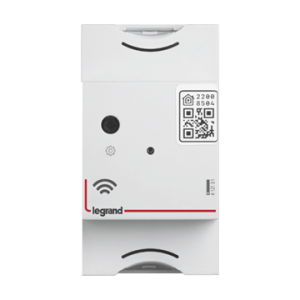 The gateway module assures the connection between the eletrical installation and internet